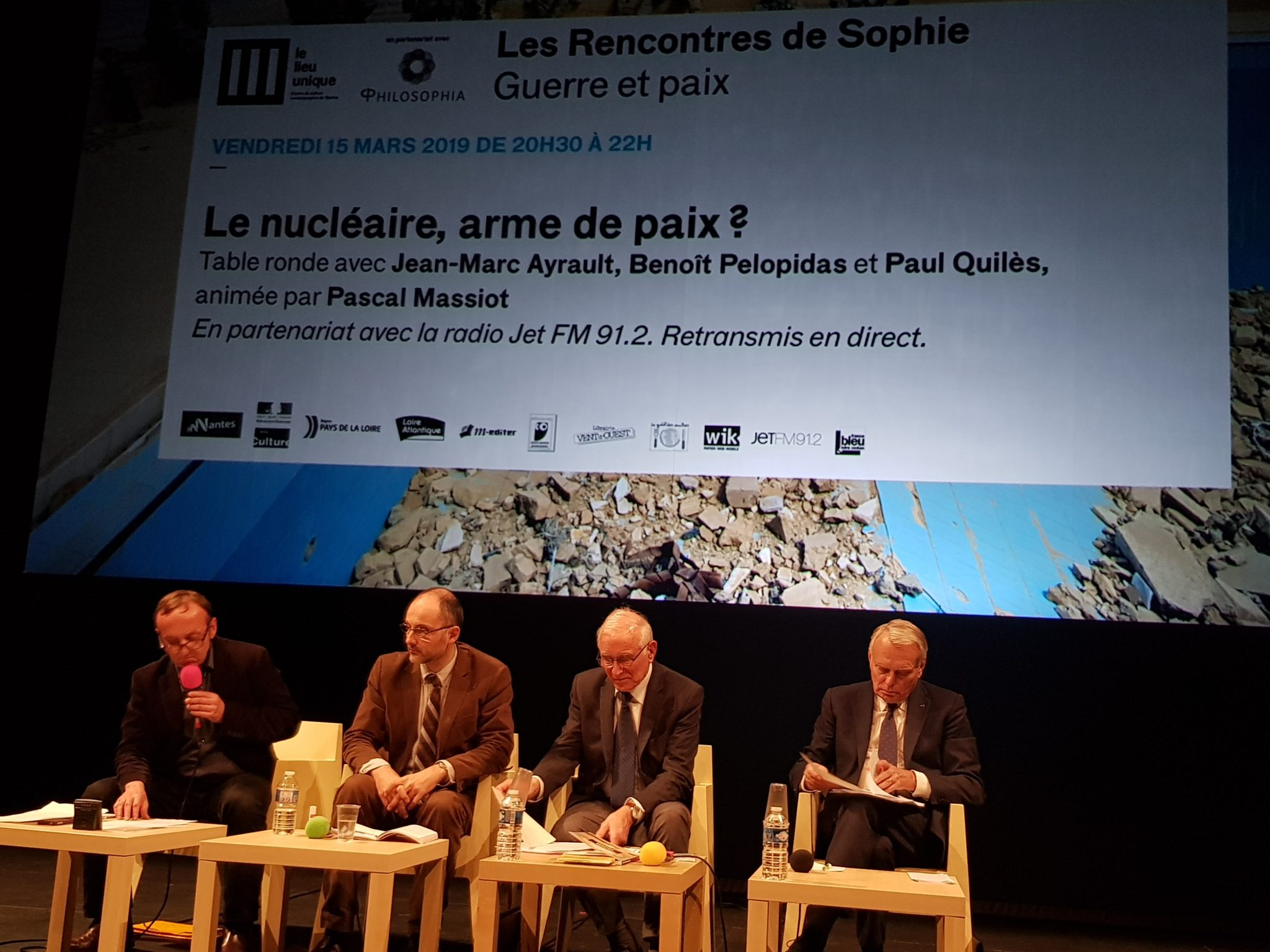 Rencontre sde Sophie Guerre et paix Philosophia Lieu Unique de Nantes Massiot Pelopidas Quilès Ayrault