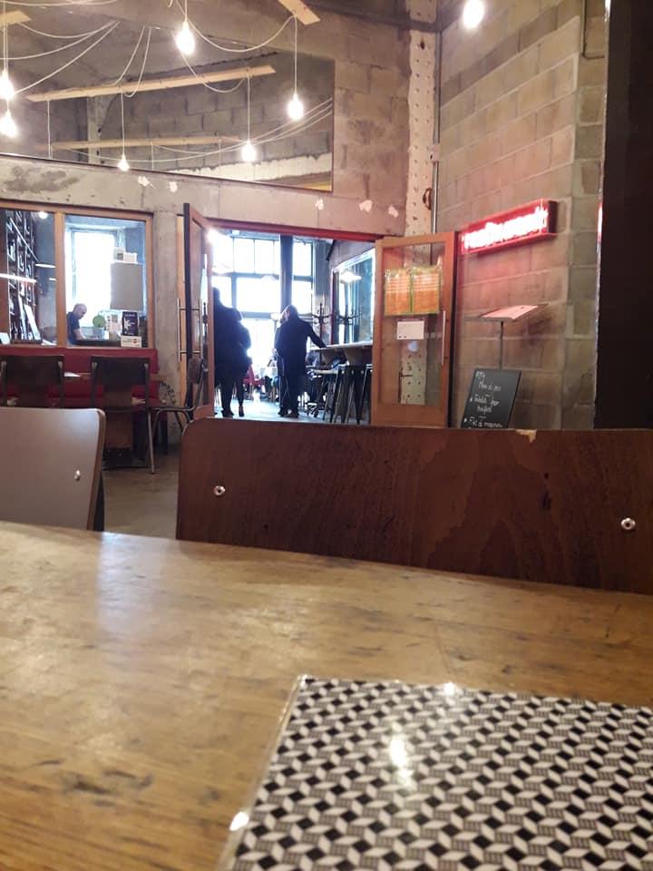 Rencontre sde Sophie Guerre et paix Philosophia Lieu Unique de Nantes restaurant